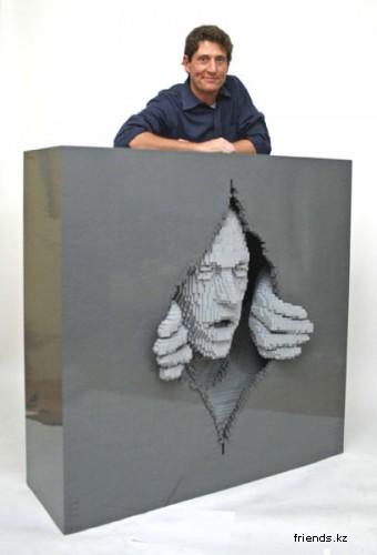 Работы Lego-скульптура Натана Савая — 50-летие Lego