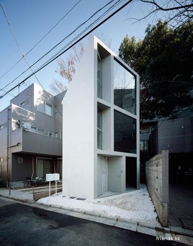 Странный японский домик