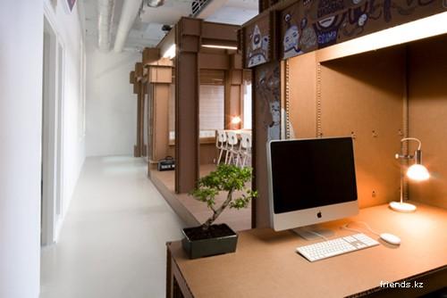 Офис из картона
