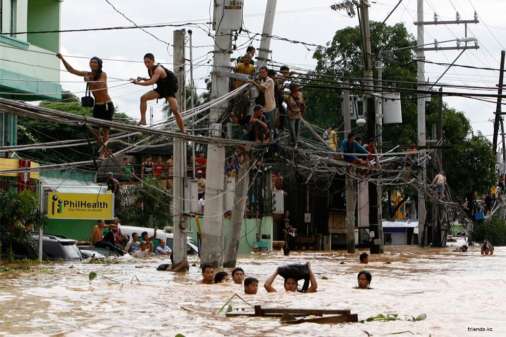 В Каинта Ризал к востоку от Манилы 27 сентября 2009 г. (REUTERS/Erik