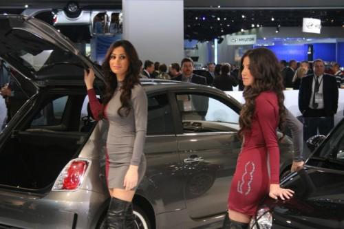 Девчонки с Детройского автошоу