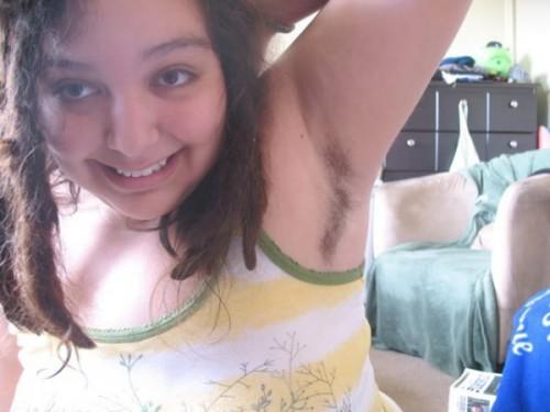 Порно фото молоденьких волосатых девушек
