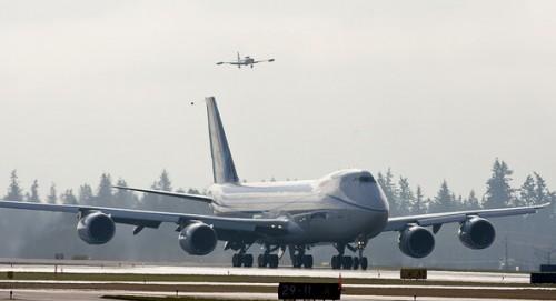 Самый большой грузовой самолет Boeing 747-8 Freighter