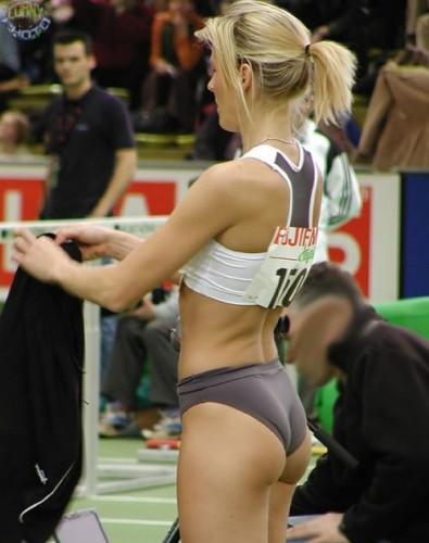 Прикольные спортивные моменты, запечатленные на камеру