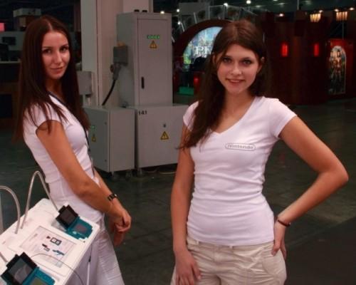 Девушки с выставки Игромир 2011 в Москве