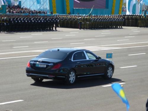 Парад в честь 25-летия ВС РК. 1-я часть
