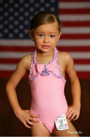 Детский конкурс красоты.
