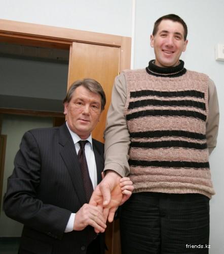 Новый рекордсмен, в категории - Самый высокий человек в мире